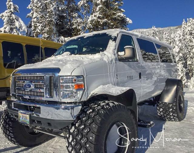 snowcoach-2